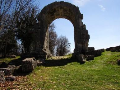 Porta di S.Damiano - età Augustea