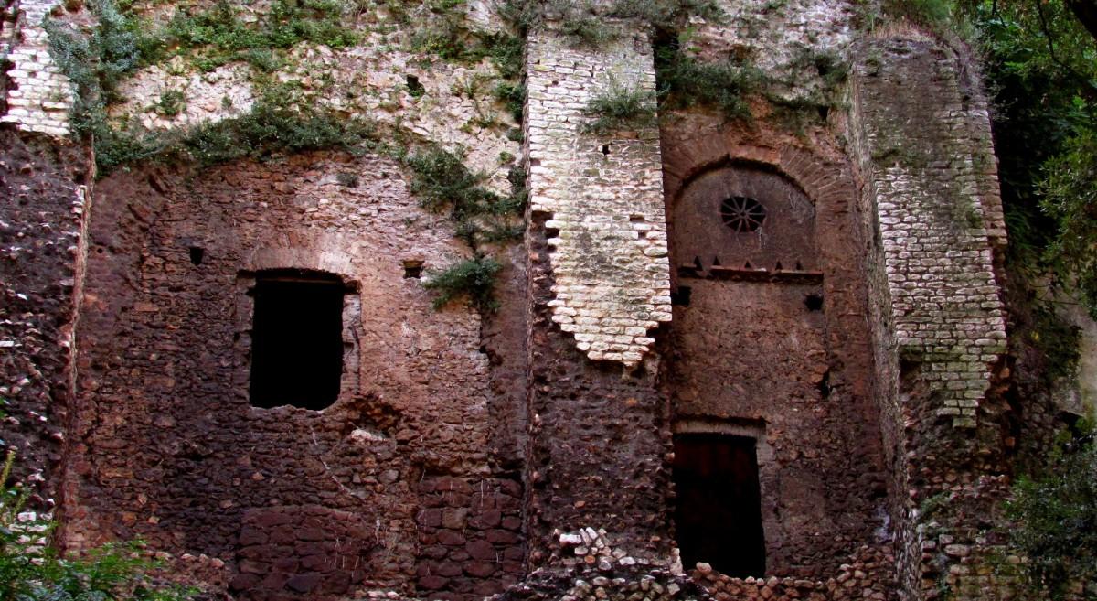 La Villa di Manlio Vopisco, protetta dalla Sibilla e da un'incredibile cascata!