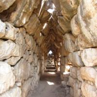 Tirinto, la città costruita dai Ciclopi.